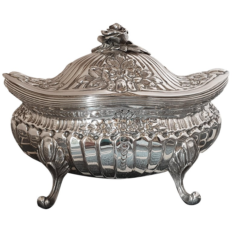 21st Century Rococo Style Sterling Silver Sugar Box, Italy, 2005 For Sale