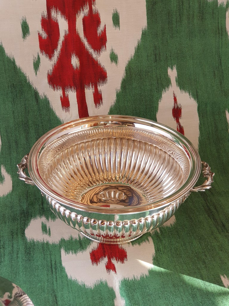 Hand-Crafted 21st Century Sterling Silver Soup Tureen, Italy, 2001 For Sale