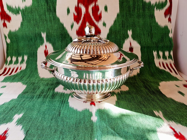Contemporary 21st Century Sterling Silver Soup Tureen, Italy, 2001 For Sale