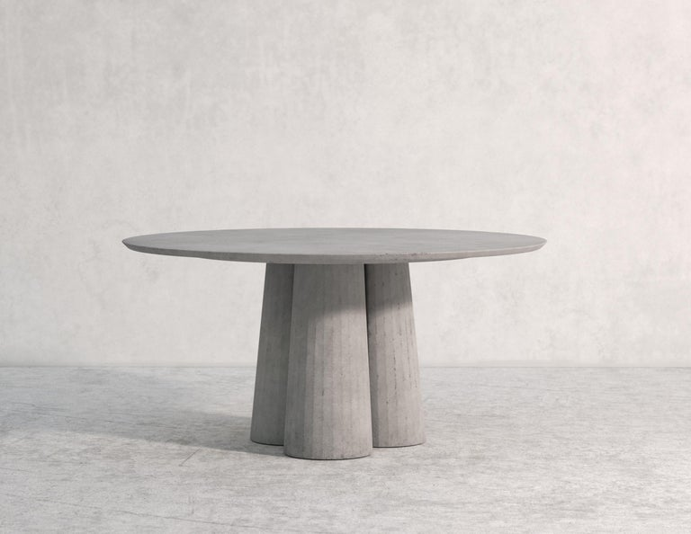 21st Century Studio Irvine Concrete Circular Dining Table Powder Cement Handmade For Sale 3