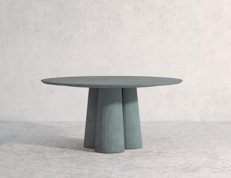 21st Century Studio Irvine Concrete Circular Dining Table Powder Cement Handmade For Sale 4