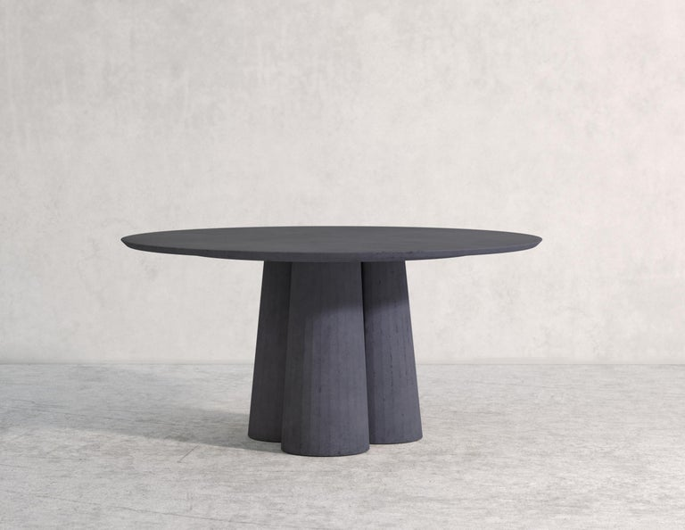 21st Century Studio Irvine Concrete Circular Dining Table Powder Cement Handmade For Sale 2