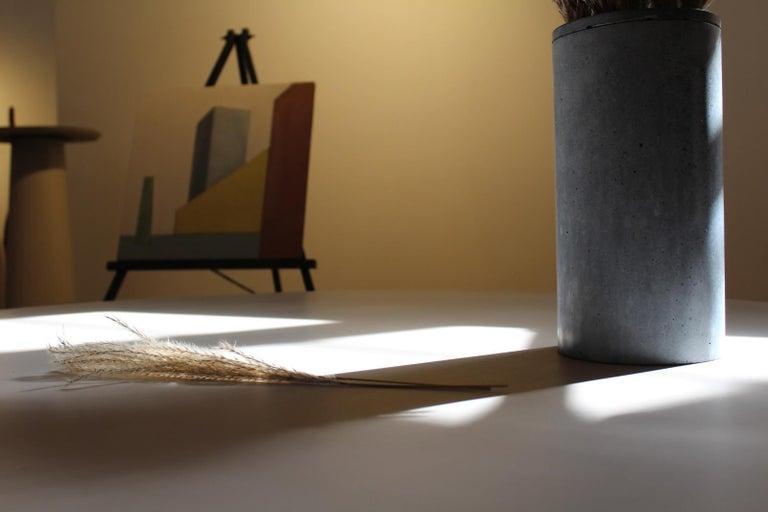 Contemporary 21st Century Studio Irvine Concrete Circular Dining Table Silver Cement Handmade For Sale