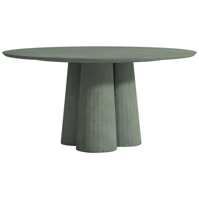 21st Century Studio Irvine Concrete Circular Dining Table Silver Cement Handmade For Sale 1