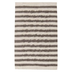 21st Century Taurus Collection Rug in Creamy White and Dark Gray Stripes