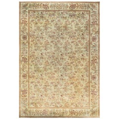 21st Century Traditional Inspired Floral Design Handmade Wool Rug