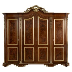 21st Century and Contemporary Commodes and Chests of Drawers