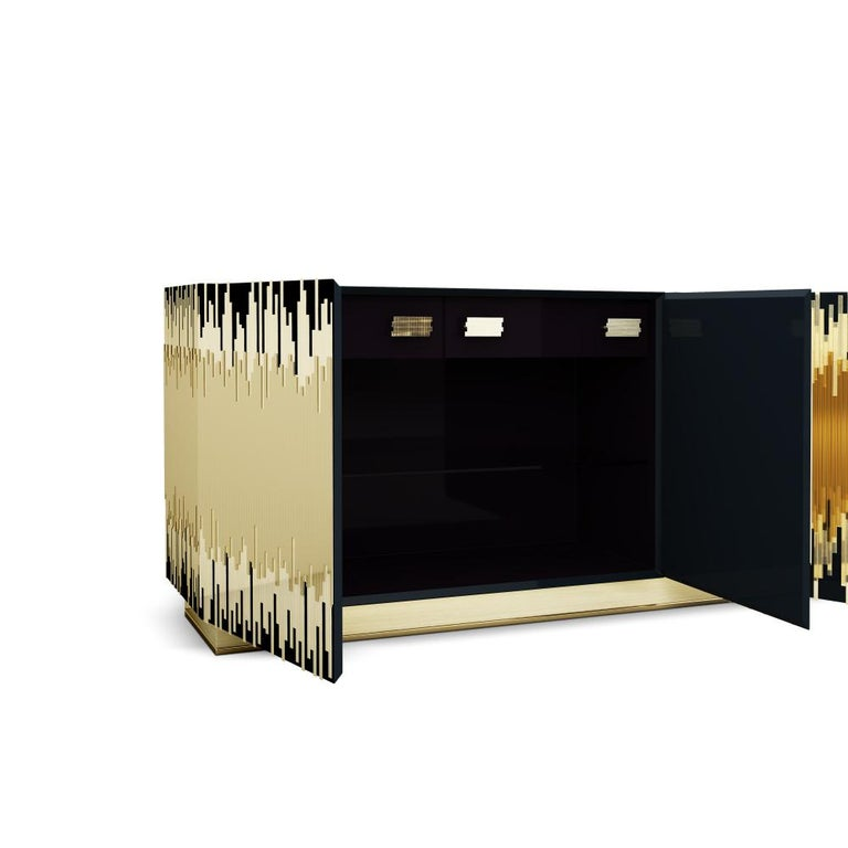 21st Century Waterfront Sideboard Lacquered Wood Brushed Polished Brass In New Condition For Sale In RIO TINTO, PT