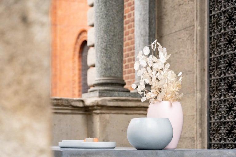 21st Century Zazen Collection Concrete Vase Dark Grey Color, Mod. II For Sale 2