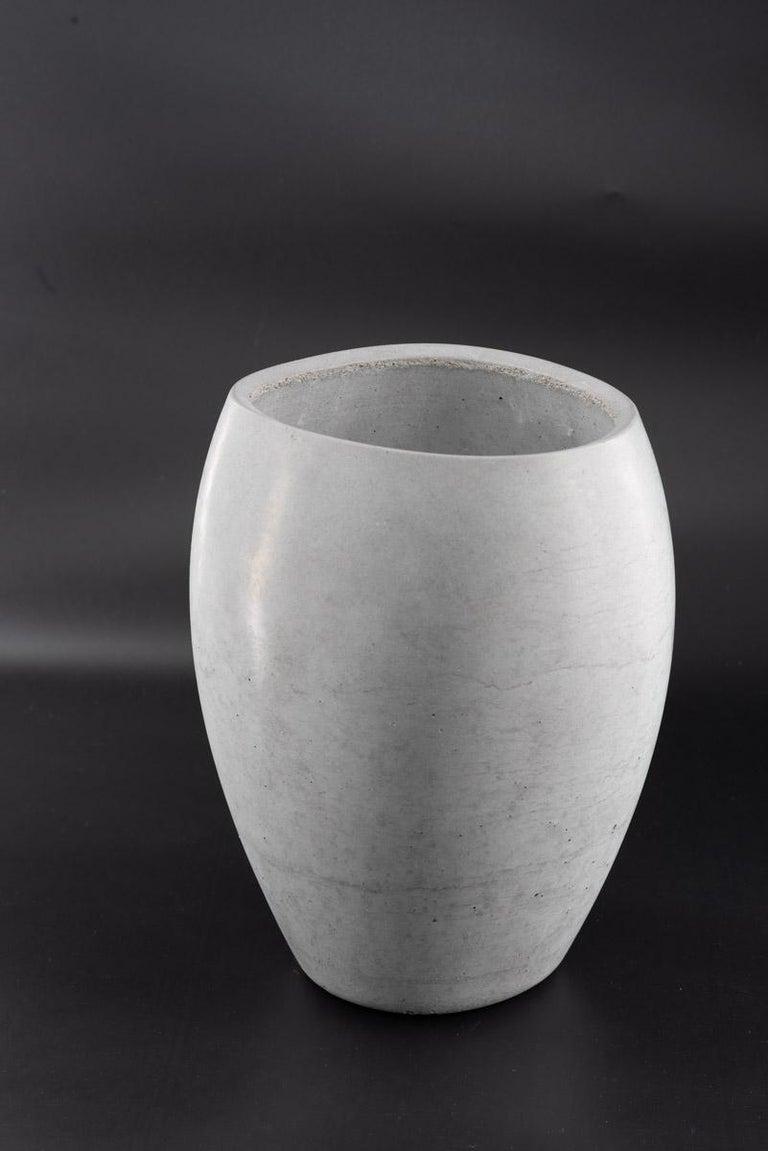 21st Century Zazen Collection Concrete Vase Dark Grey Color, Mod. II In New Condition For Sale In Rome, Lazio