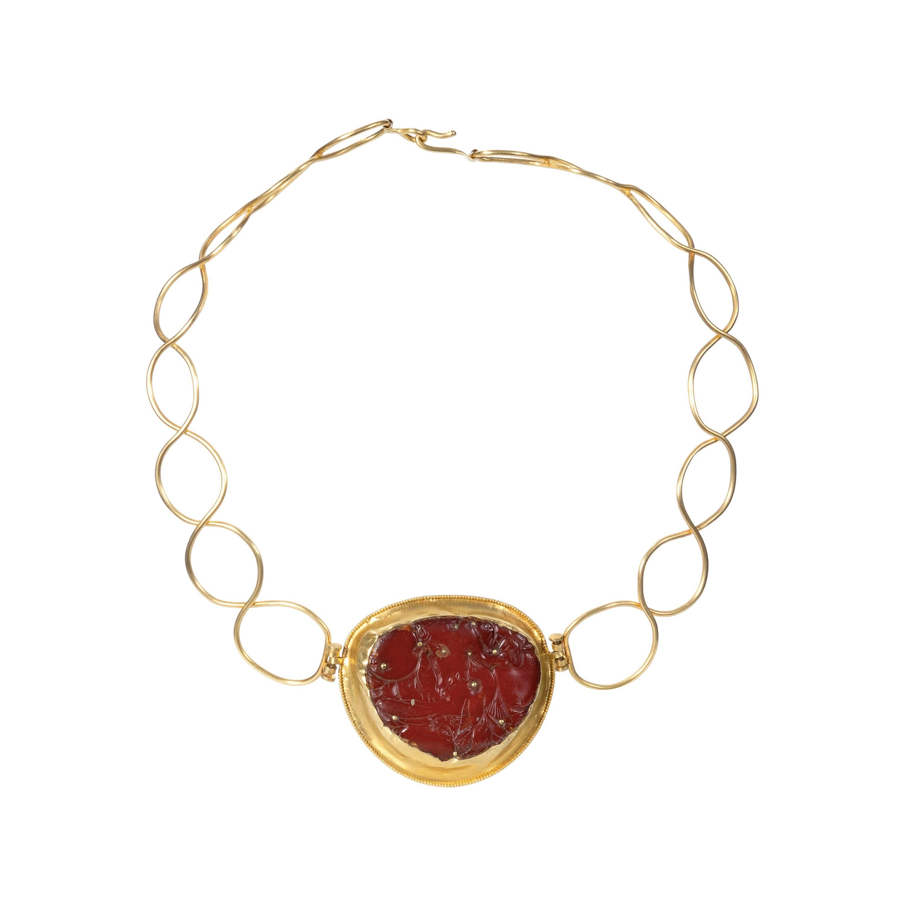 22 Karat Gold, Baltic Amber Carved in 18th Century-China Torc