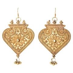 22 Karat Gold Hand-Tooled Indian Pendant Dangle Earrings