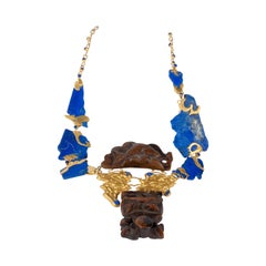 22 Karat Gold, Lapis Lazuli, 18th and 19th Centuries Chinese Toggles Necklace