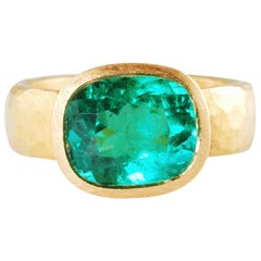 22 Karat Gold Ring with Cushion Shaped Colombian Emerald 4.17 Carat