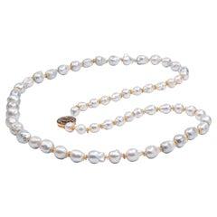 22 Karat Gold Rose Cut Diamond White Baroque South Sea Pearl Beaded Necklace