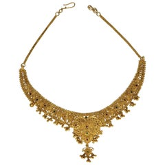 22 Karat Gold Traditional Royal Queen Wedding Necklace
