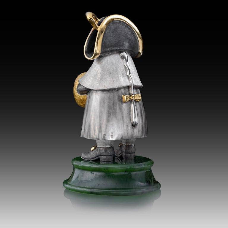 22 Karat Silver Jade Stand Figurine In New Condition For Sale In Baden-Baden, DE