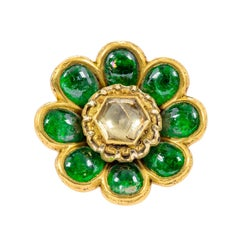 22 Karat Yellow Gold 17.00 Carat Cabochon Emerald and Diamond Polki Flower Ring