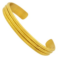 22 Karat Yellow Gold Hammered Bangle Cuff Bracelet
