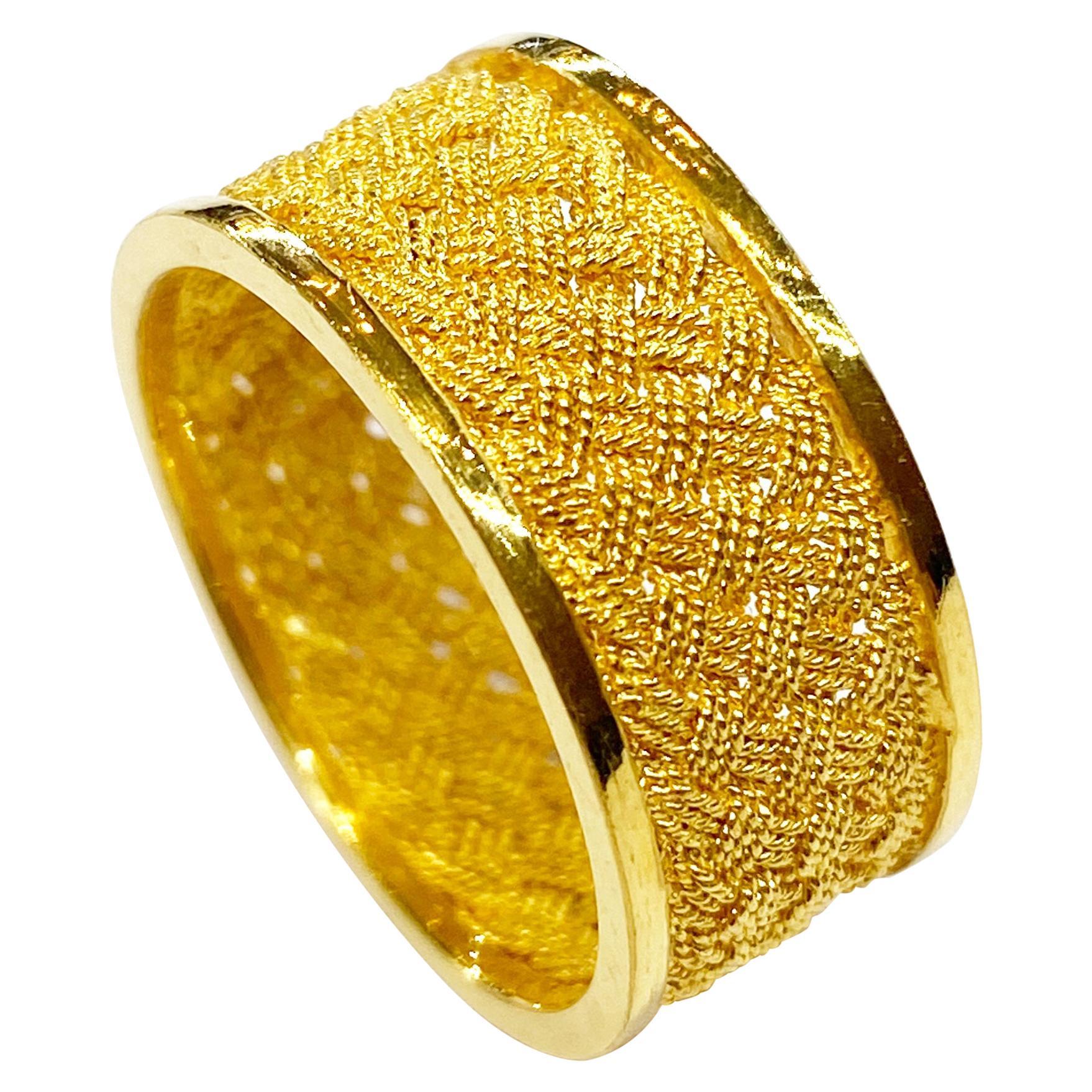22 Karat Yellow Gold Ring