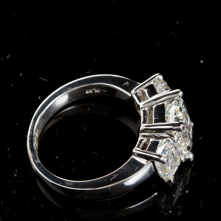 2.20 Carat Centre Three-Stone Emerald Cut Diamond Platinum Ring GIA Certified For Sale 1