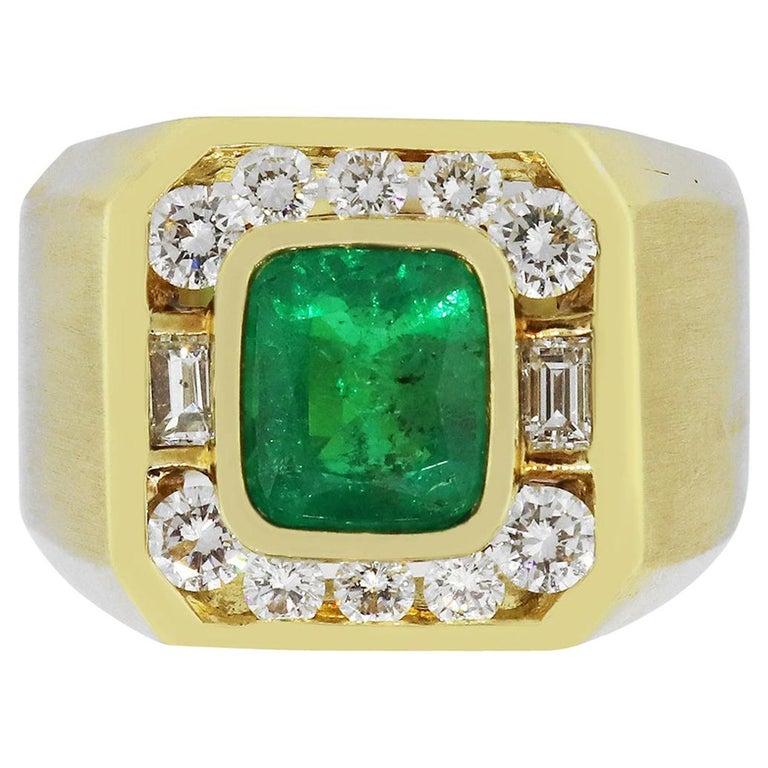 2.20 Carat Emerald Men's Ring For Sale