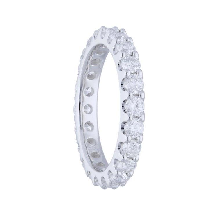 Round Cut 2.20 Carat Round Diamond Band Ring 14 Karat Gold Diamond Eternity Diamond Ring For Sale