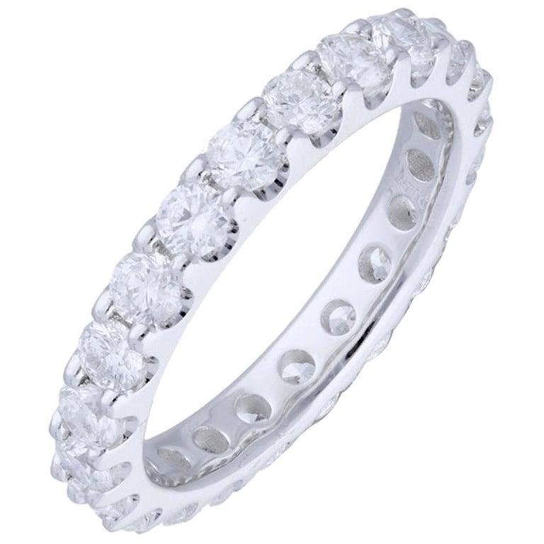 2.20 Carat Round Diamond Band Ring 14 Karat Gold Diamond Eternity Diamond Ring For Sale