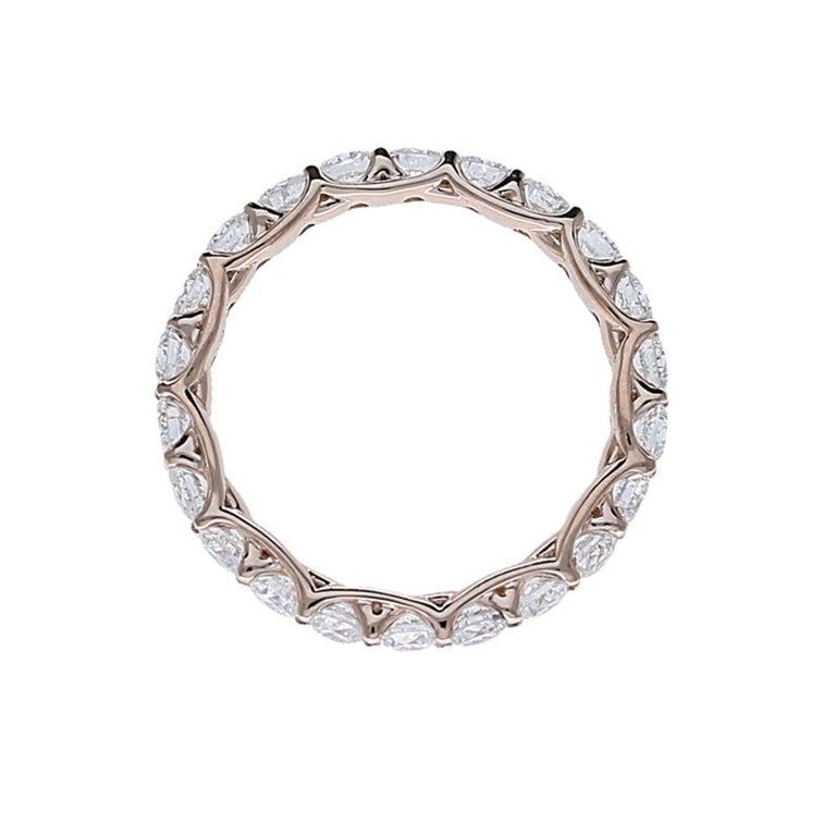 2.20 Carat Round Diamond Eternity Ring 14 Karat Rose Gold Diamond Band Ring In New Condition For Sale In Herzliya, IL