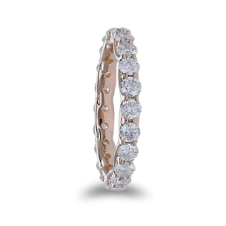 Women's or Men's 2.20 Carat Round Diamond Eternity Ring 14 Karat Rose Gold Diamond Band Ring For Sale