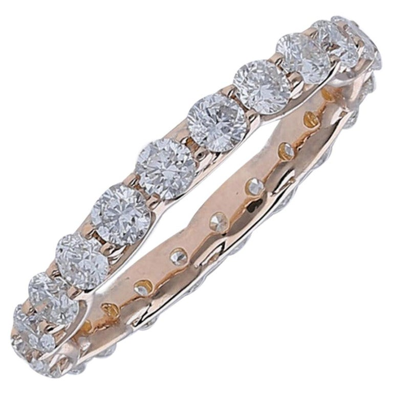2.20 Carat Round Diamond Eternity Ring 14 Karat Rose Gold Diamond Band Ring For Sale