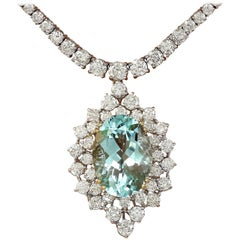 22.00 Carat Aquamarine 18 Karat Solid White Gold Diamond Necklace