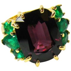 22.03 Carat Certified Fine Spinel Colombian Emerald Ring 18K