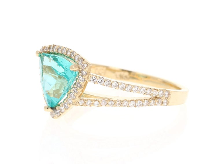 Modern 2.21 Carat Apatite Diamond 14 Karat Yellow Gold Cocktail Ring