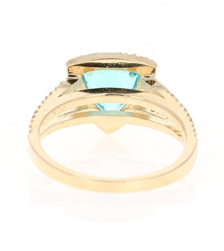 Trillion Cut 2.21 Carat Apatite Diamond 14 Karat Yellow Gold Cocktail Ring For Sale