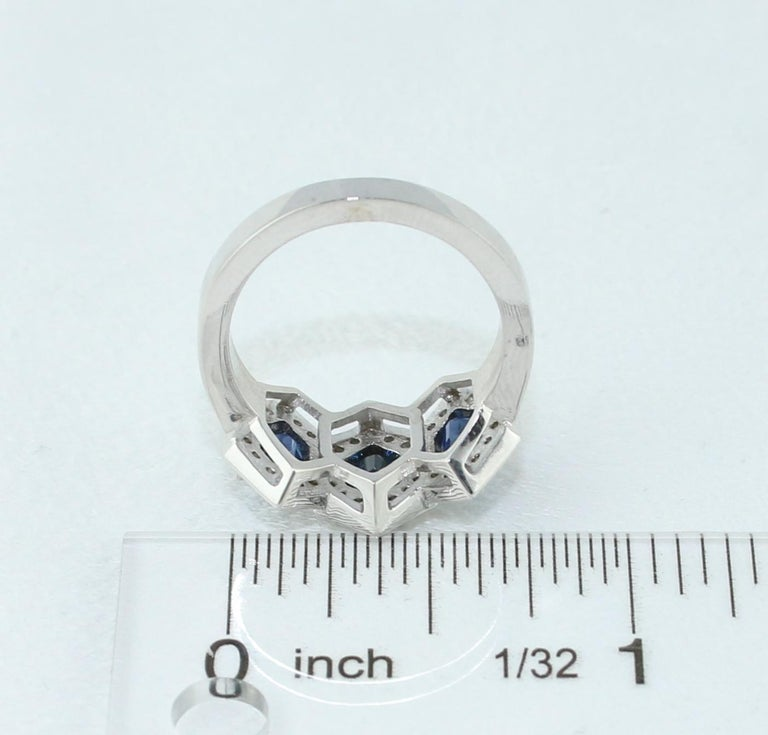 2.22 Carat Three-Stone Hexagon Blue Sapphire Diamond Gold Band Ring For Sale 2