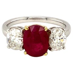 2.23 Carat Burma Ruby and Diamond Ring 18 Karat Gold
