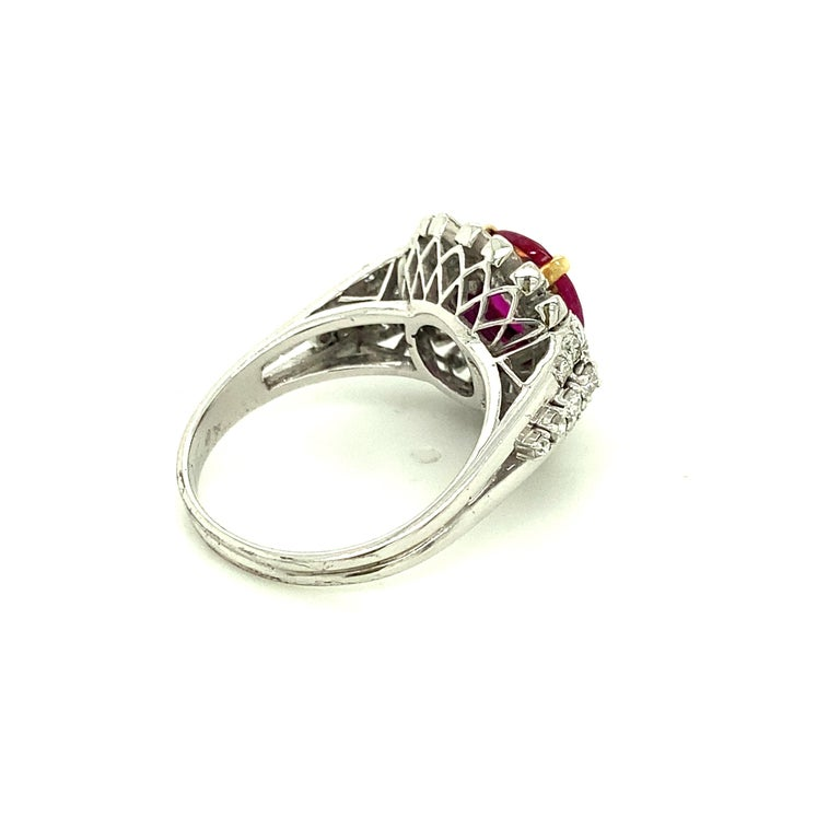 Contemporary 2.23 Carat Gubelin Certified Unheated Burmese Ruby and White Diamond Gold Ring For Sale