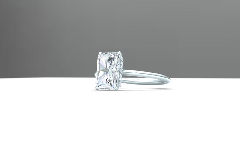 Women's or Men's 2.25 Carat F-VSE GIA Certified Radiant Diamond Engagement Ring For Sale
