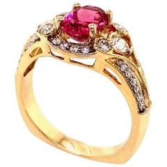 2.26 Carat Purplish Red Mahenge Spinel and Diamond Gold Ring
