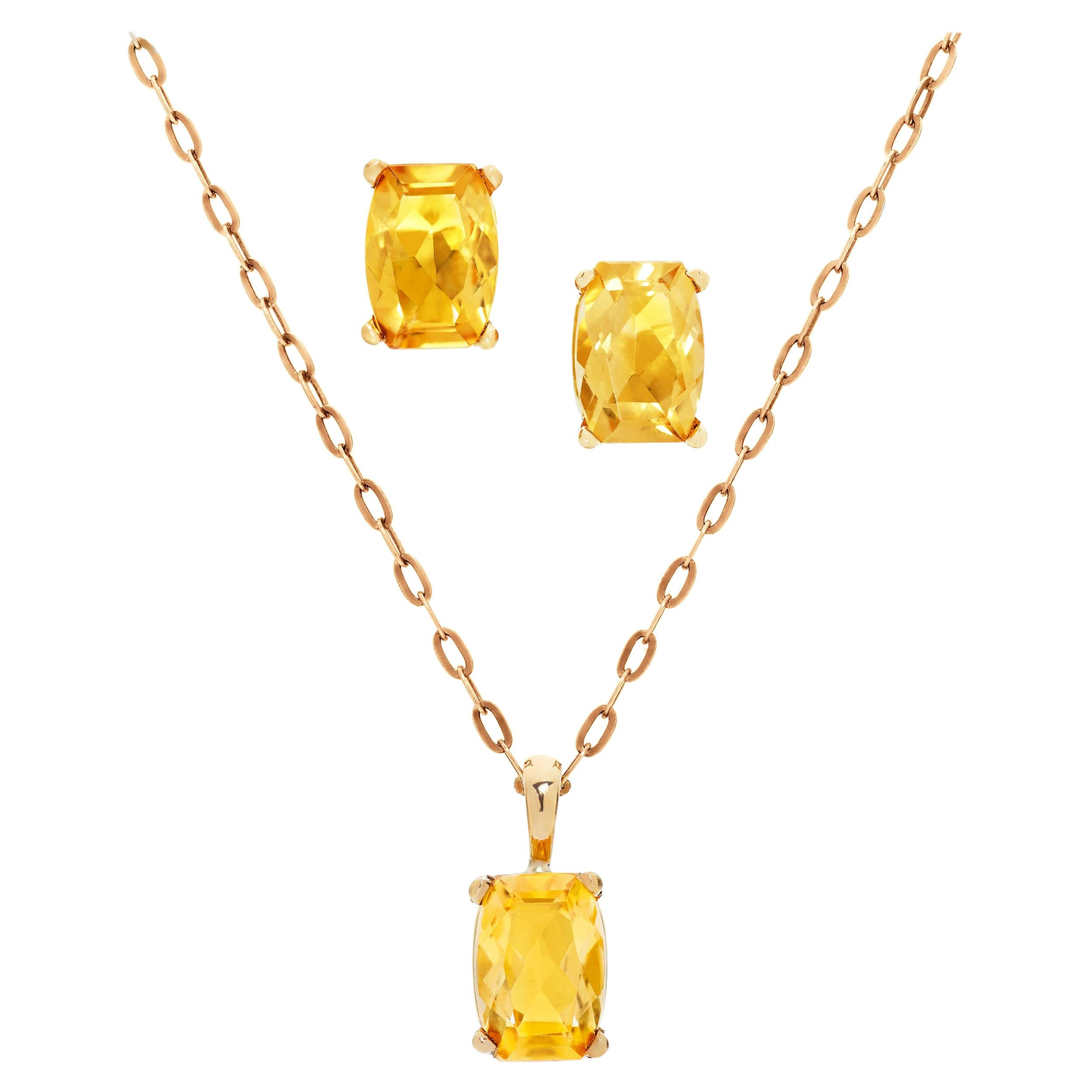 2.26 Carats Cushion Cut Citrine Necklace and Earrings in 18 Karat Yellow Gold