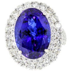 22.68 Carat Tanzanite and Diamond Gold Ring
