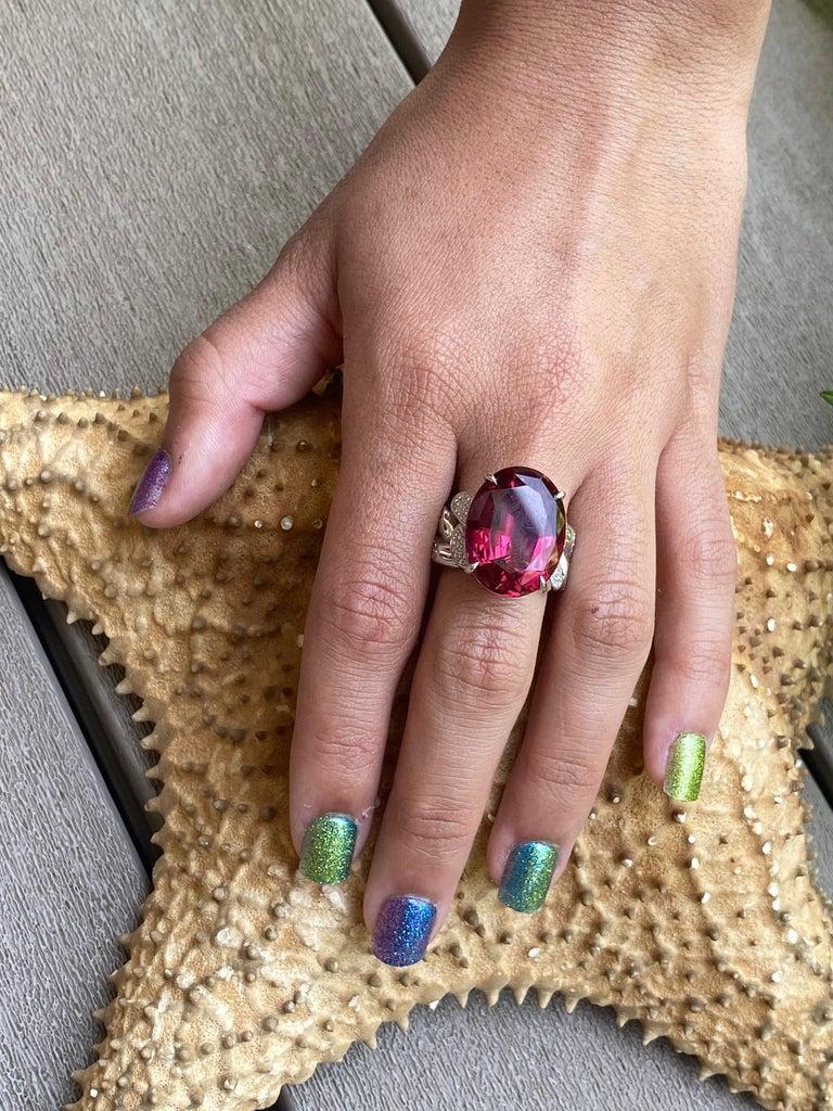 22.69 Carat Rubellite & Diamond Cuban Link 18k Gold Ring For Sale 1