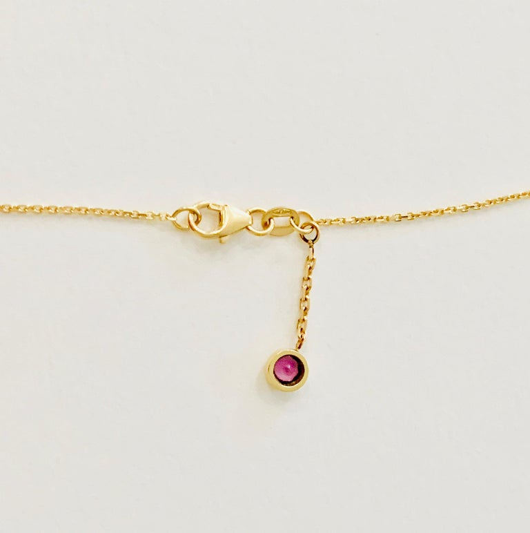 Women's or Men's 2.27 Carat Cushion Cut Pink Sapphire Necklace in 18 Carat Rose Gold For Sale