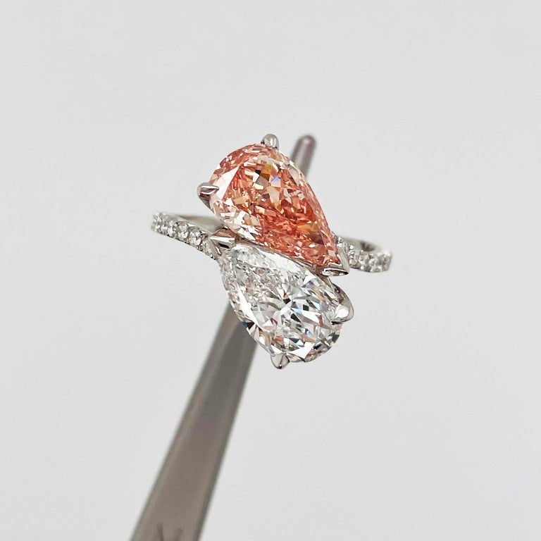 2.28 & 2.10 Carat Pear-Shaped Fancy Pinkish Orange & White Diamond Ring GIA In New Condition In New York, NY