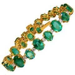 22.86 Carat Bright Green Natural Emerald Diamonds Tennis Bracelet 14 Karat
