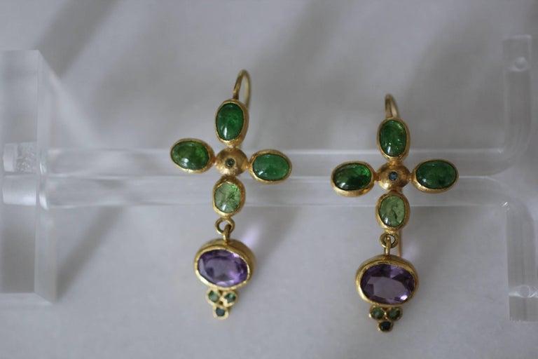 Contemporary Tsavorite Garnet Amethyst Blue Diamonds 22k 21k Gold Dangle Drop Earrings For