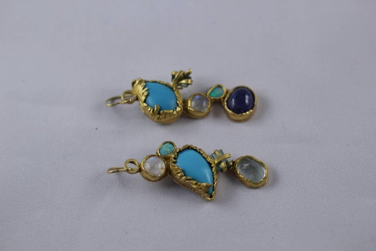 Turquoise Tourmaline Crystals 22k-21k Gold Handmade Dangle Drop Organic Earrings In New Condition For Sale In New York, NY