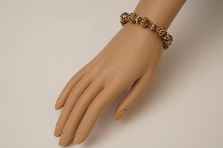 Women's or Men's 22 Karat Gold Bead Bracelet Pearl Rondelles by Deborah Lockhart Phillips For Sale
