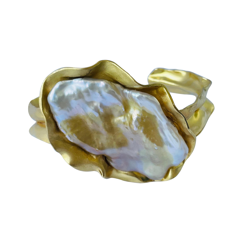 22k Gold Kashi Pearl Cuff